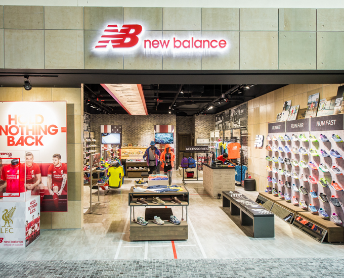 new balance shoes in dubai mall
